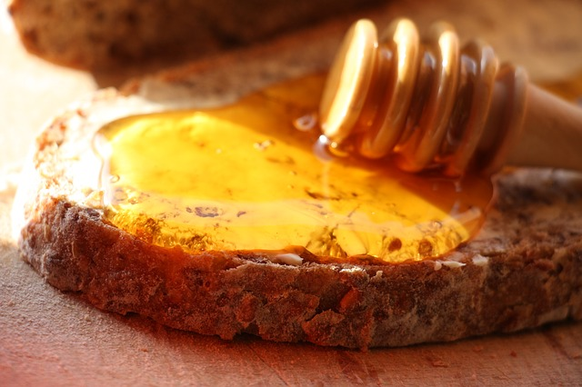 honey-752145_640