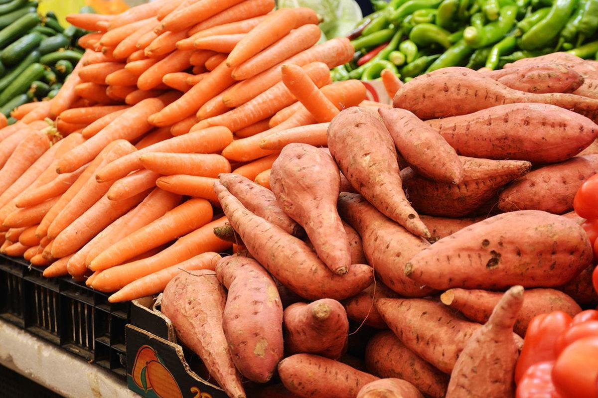 nutrition-iq-sweet-potatoes-vs-carrots